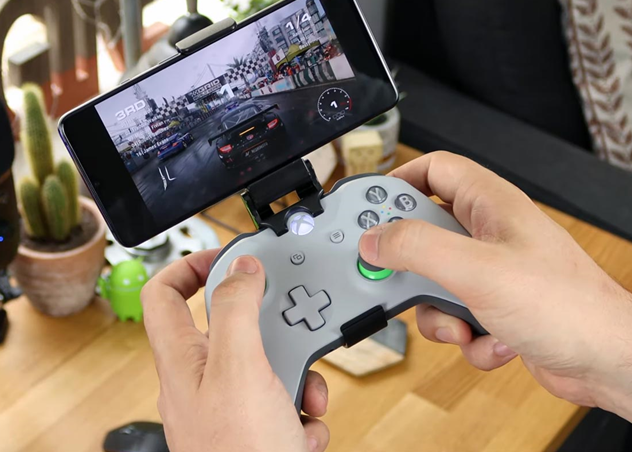 Microsoft xCloud gaming controller